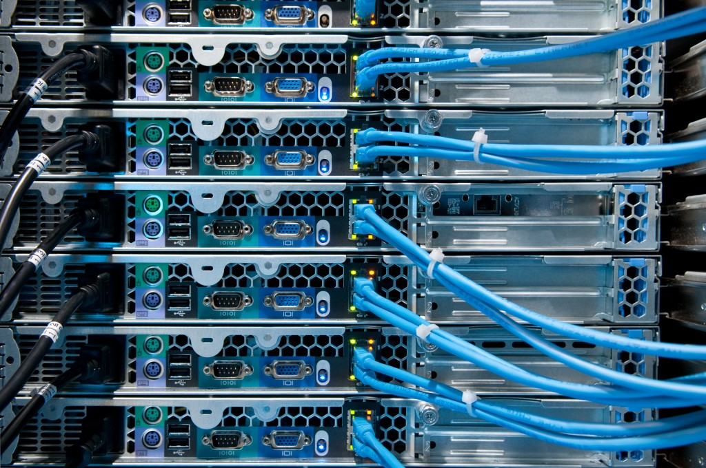 Computer Internet Server Connections