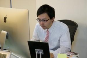 松村優。2014年新卒入社。早稲田大学法学部卒業。ラクジョブ運営、フォローを担当する。